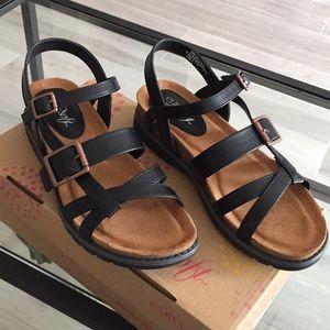 EuroSoft by Sofft Leslie leather sandals